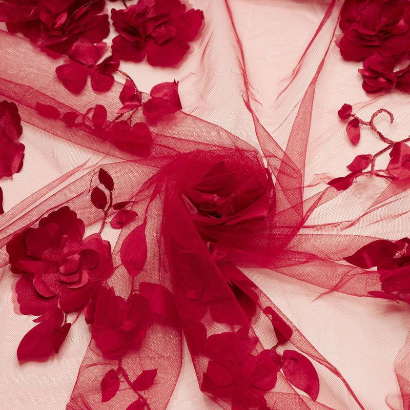 گل شکوفه حاشیه دار زرشکی