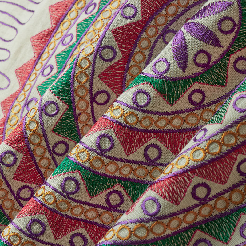 هندی بخارا دوزی پنل دایره ای قرمز بنفش