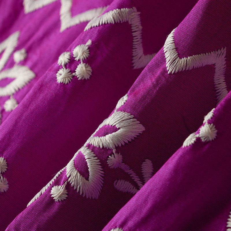 هندی تافته گل حاشیه سرخابی