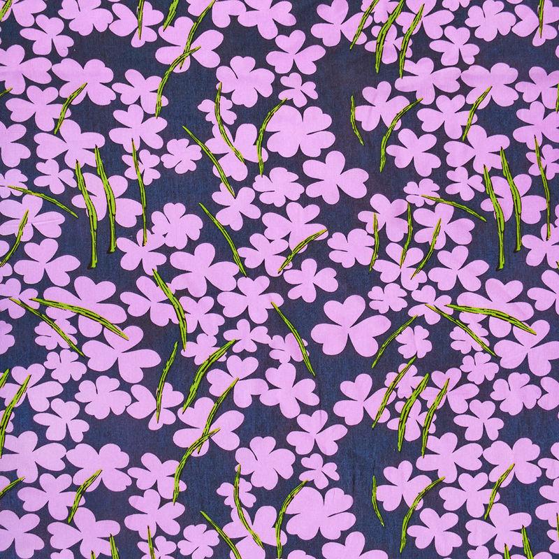 پارچه نخی شکوفه ای سرمه ای صورتی