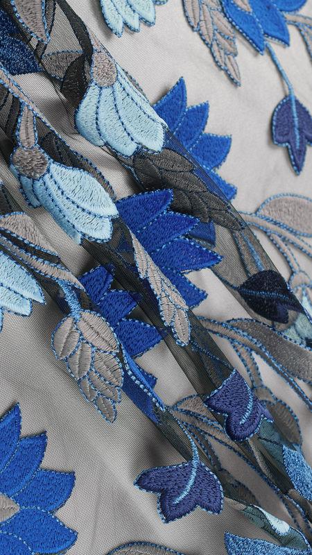 پارچه دانتل دیزاین 18972 مشکی کاربنی